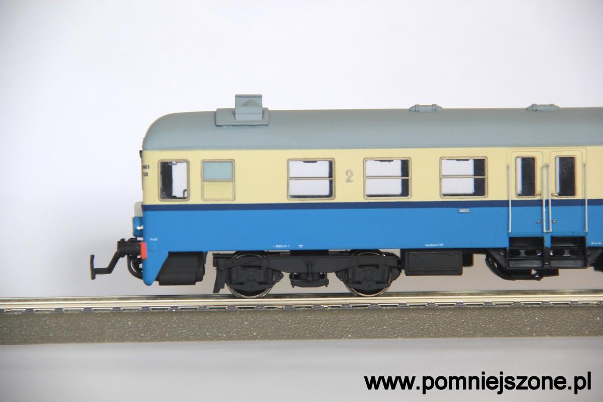 sn61-120_02