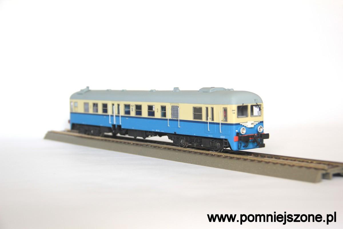 sn61-120_05