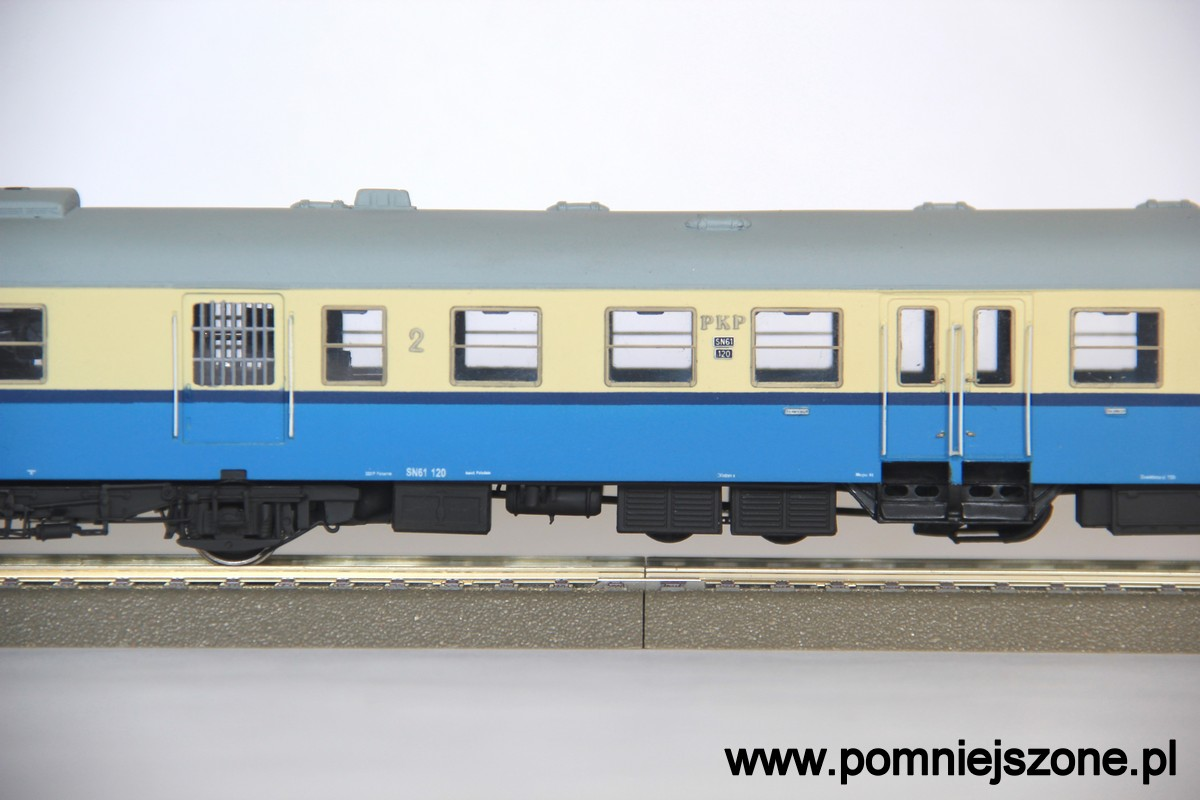 sn61-120_09